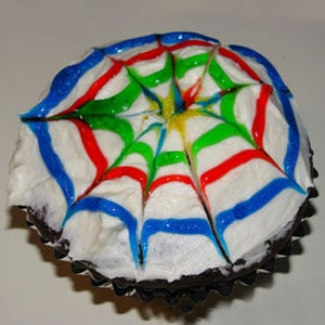 spin art or spider web cupcakes