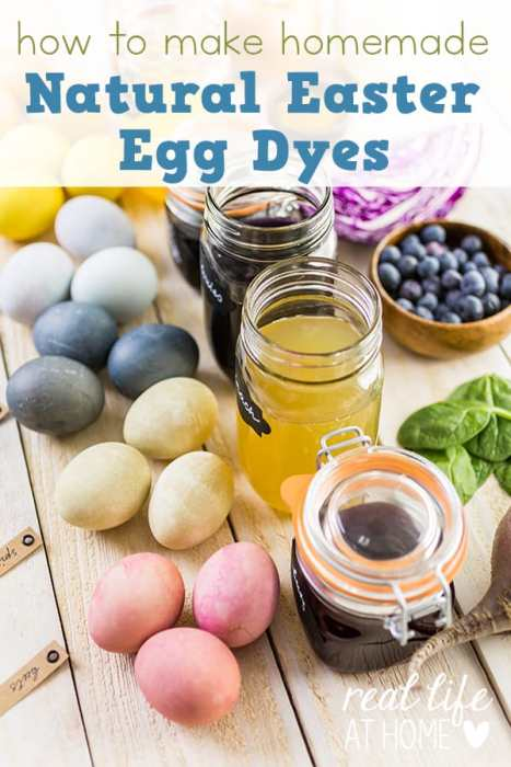 Looking for a way to dye your Easter eggs naturally this year? Here are directions for how to make beautiful homemade natural Easter egg dyes. | Real Life at Home