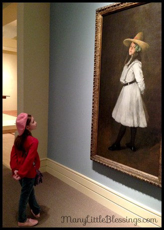 molly's art museum pose