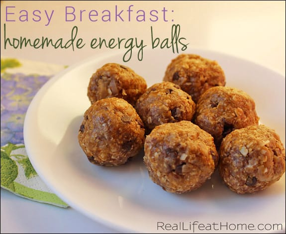 Easy Breakfast: Homemade Energy Balls