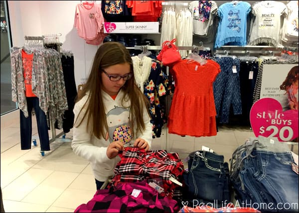 Stylish and Comfortable Everyday Fashions for Tweens
