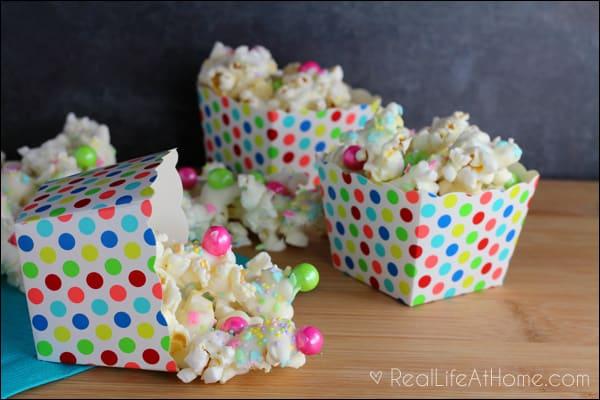 Spring-inspired Sweet Popcorn Mix Recipe