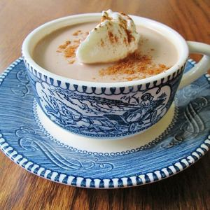 A perfect fall or winter treat to warm you up, this cinnamon caramel hot chocolate is decadent and sure to please.   Real Life at Home
