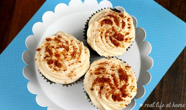 Lovely Homemade Cinnamon Cream Cheese Frosting on top of Gingerbread Cupcakes