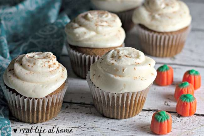 How to Make Pumpkin Cupcakes with Cream Cheese Frosting