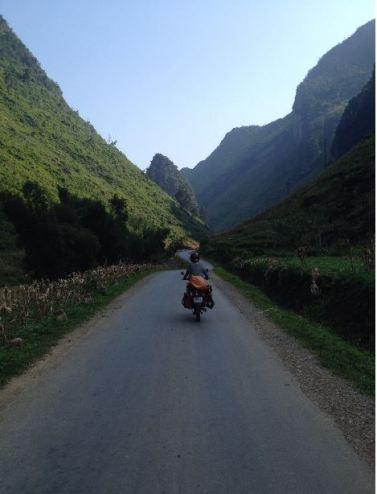 moto cuts loose