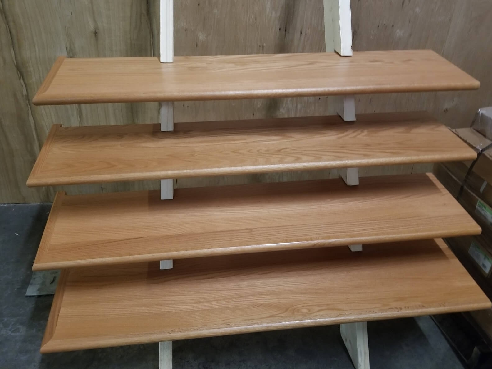 Stair Tread With Return Discount Hardwood Flooring At | Hardwood Floor Stair Treads | Wooden | Hand Scraped | Redwood | Pergo Floor | Laminate Flooring