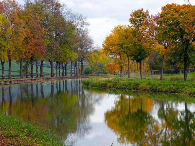Burgundy canal, lock 9 - 10