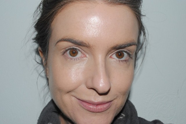 ysl+bb+cream+top+secrets+review-with-foundation
