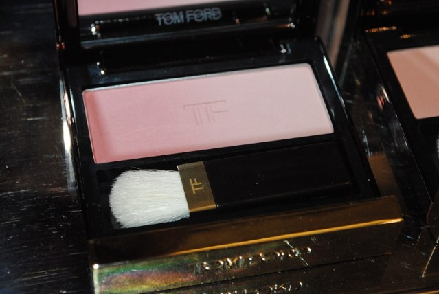 tom-ford-fall-2015-eye-cheek-shadow-pink-ombre-review