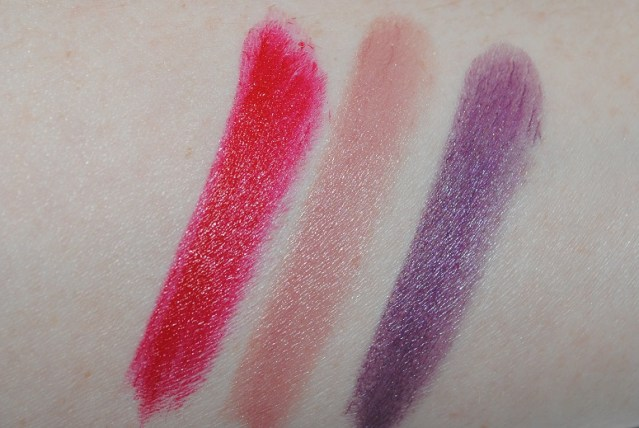 dolce-and-gabbana-fall-2015-makeup-lipstick-swatches