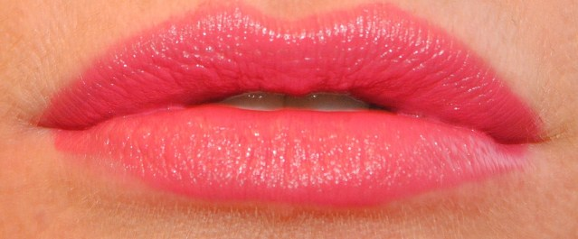 rimmel-the-only-1-lipstick-swatches-120-you're-all-mine