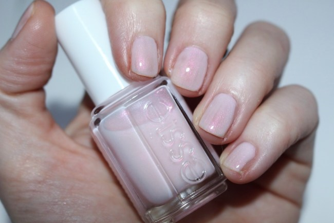 Essie Treat Love and Colour Review
