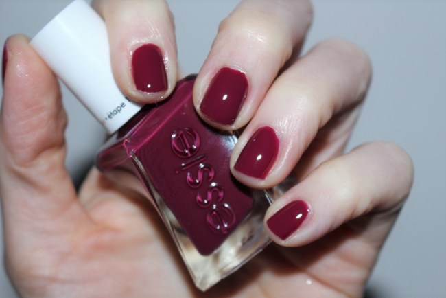 Essie Gel Couture Bridal Collection by Monique Lhuillier - Berry in Love