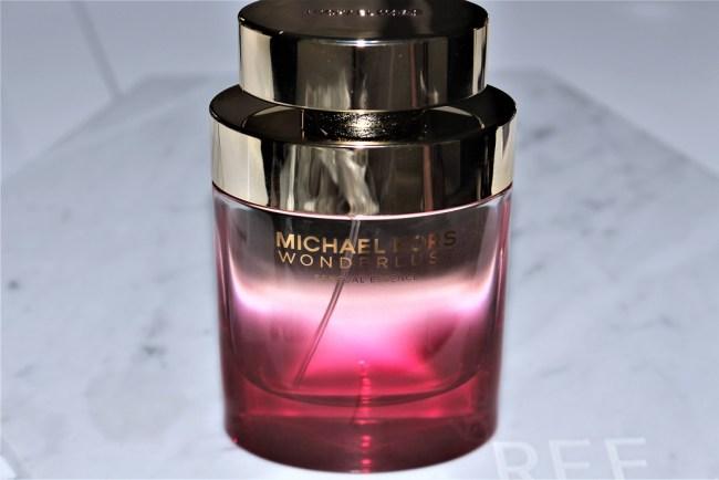 9ebc53f6d5a6 Michael Kors Wonderlust Sensual Essence Eau de Parfum Review
