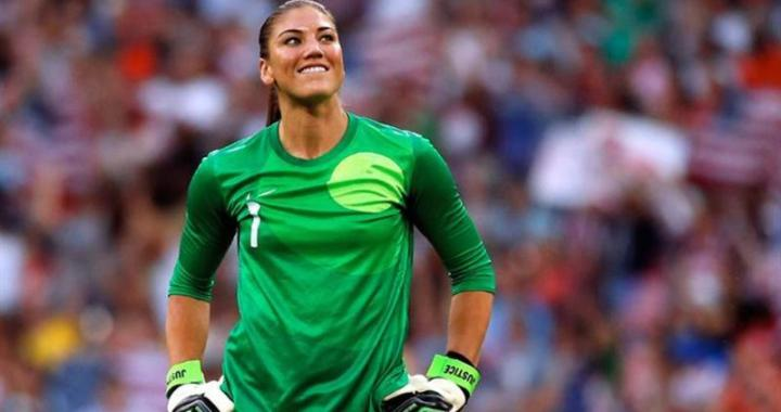 Galactici si la fotbal feminin: Real Madrid isi face echipa de fotbal fete!