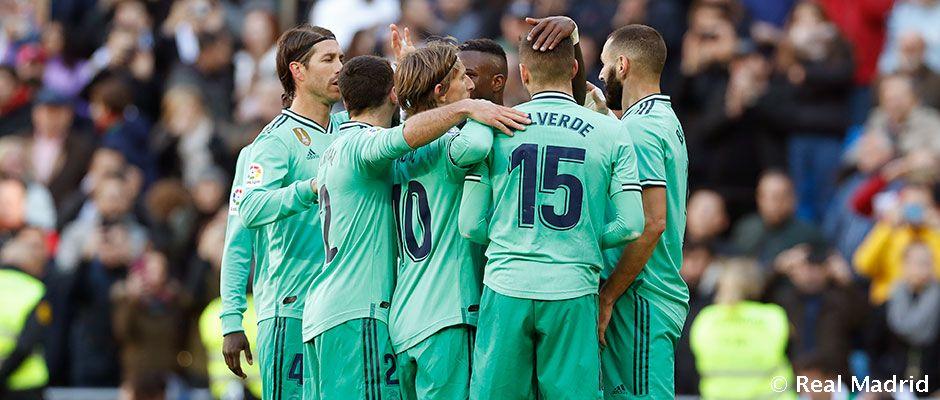 [Real Madrid 2-0 Espanyol] El Real Madrid se mantiene líder a costa de un flojo Espanyol