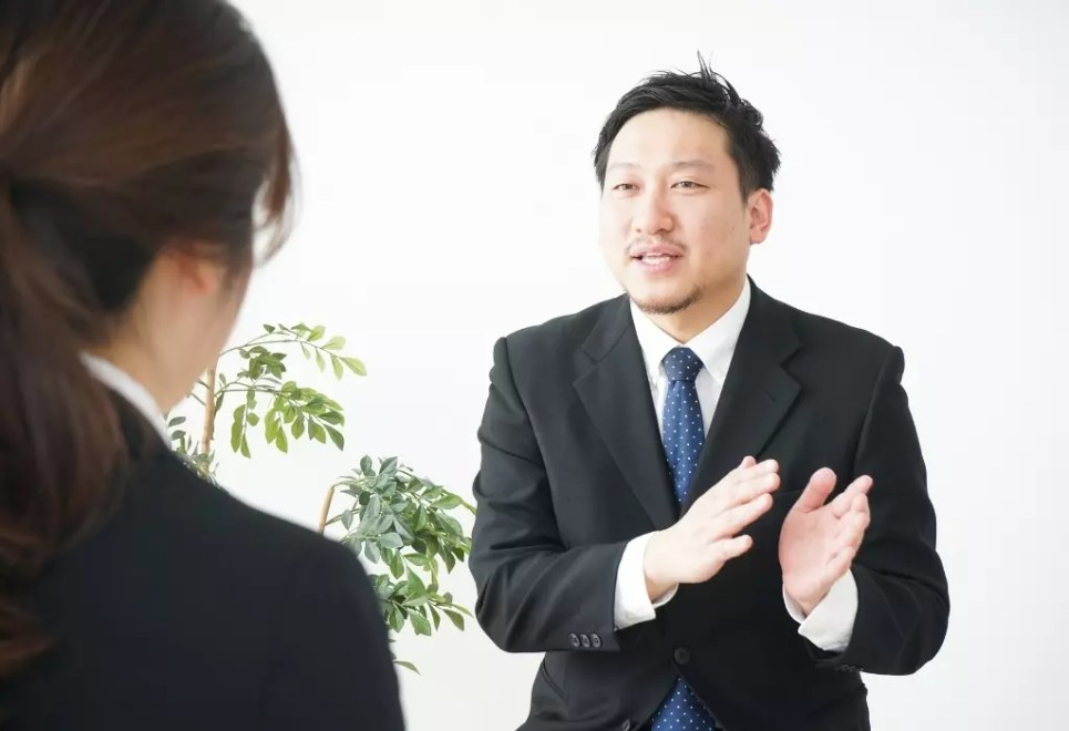 small talk increases confidence