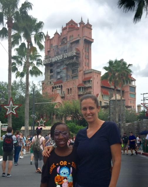 Child and mother in front of tower of terror- tier 2 fastpass choice for Hollywood studios