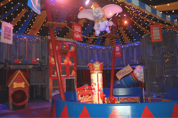 Dumbo queue play area