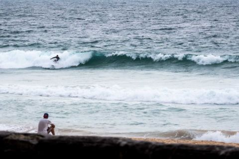 Dreadful conditions at Manly around 0900