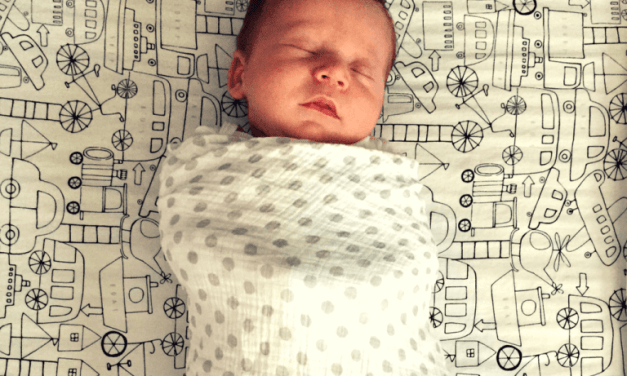Newborn's Love to Party: 6 Tricks to Get A Baby to Sleep