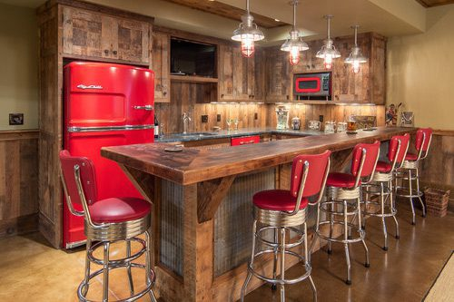 Lake House Barnwood Bar