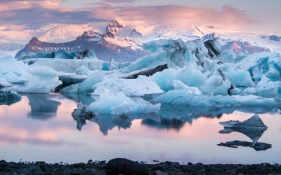 Save Money Traveling to Iceland