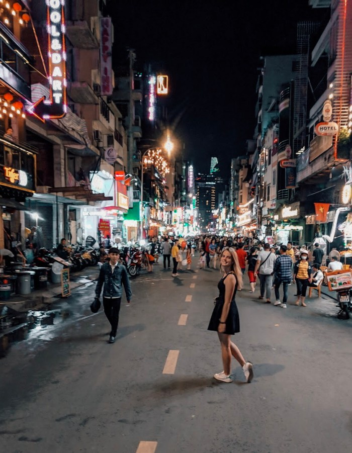 2 Week Vietnam Itinerary for First Timers - Real World Runaway