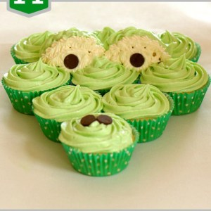 A_is_for_alligator_cupcakes