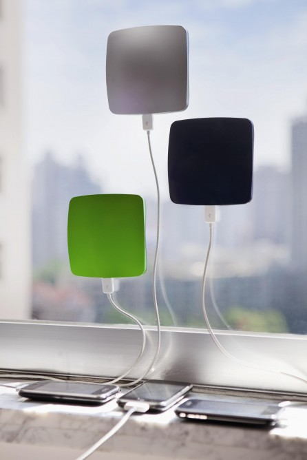 xd-design-solar-window-chargers_zps10639e40