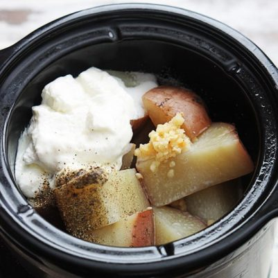 slow-cooker-mashed-potatoes-3sq