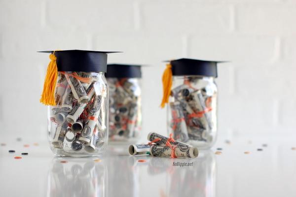 Graduation-gift-idea-NoBiggie.net_
