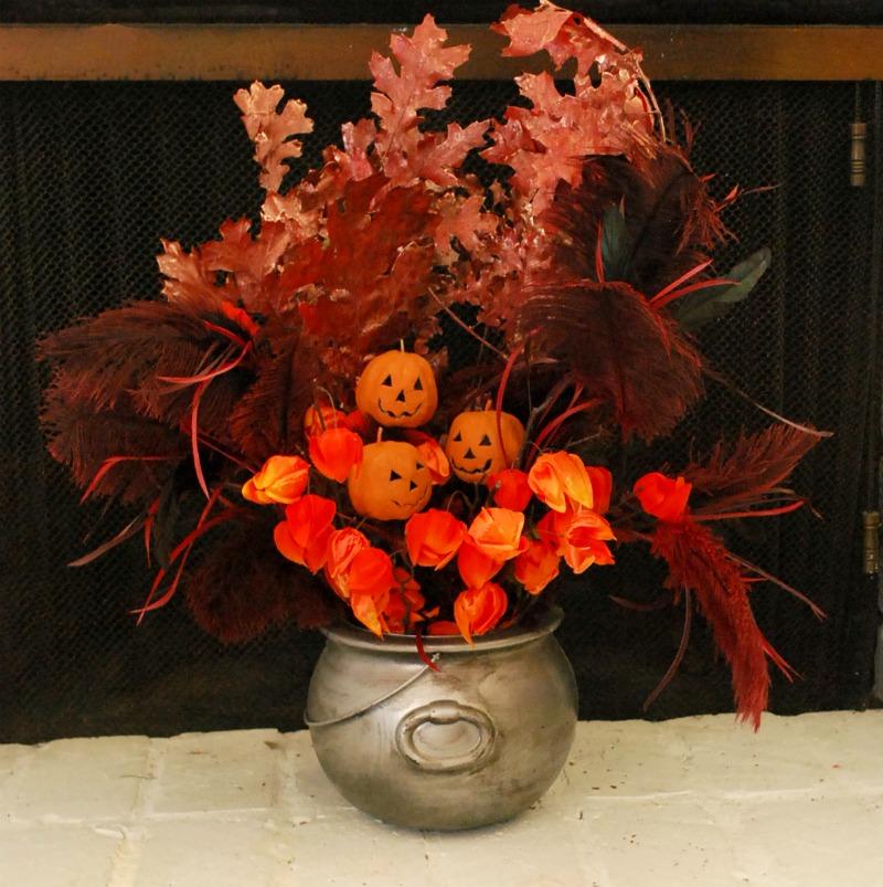 pewter-cauldron-halloween-centerpiece