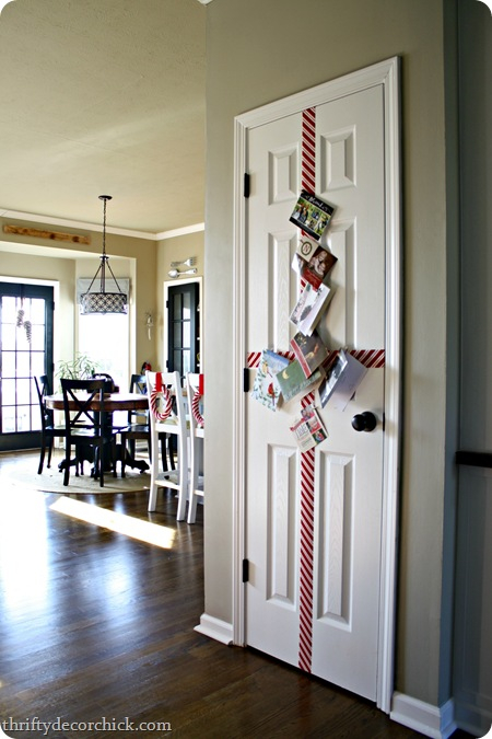 25 Holiday Card Displays REASONS TO SKIP THE HOUSEWORK