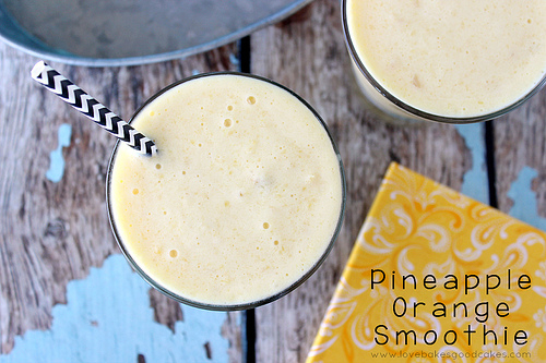These 10 easy smoothie recipes are sure to satisfy your snack cravings!