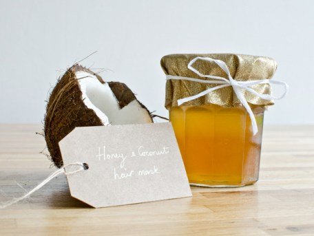 Ways To Use Coconut Oil - Honey Hair Mask