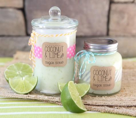 Ways To Use Coconut Oil - Coconut lime sugar scrub