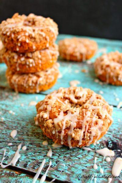 http://delightfulemade.com/2014/09/07/pumpkin-coffee-cake-donuts/