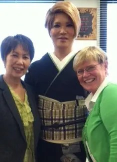 IKKO greets Makiko and Jan in March 2014