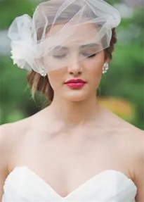 2015 Wedding Trends - Bright pinkl statement lipstick from Rebecca Loves Weddings www.rebeccaanderton.co.uk