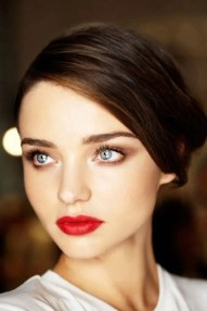 2015 Wedding Trends - Bright red statement lipstick from Rebecca Loves Weddings www.rebeccaanderton.co.uk