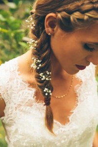 2015 Wedding Trends - Baby's breath woven into braid, wedding hair from Rebecca Loves Weddings www.rebeccaanderton.co.uk