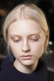 2015 Wedding Trends - Natural rose gold eye makeup for pale skin from Rebecca Loves Weddings www.rebeccaanderton.co.uk