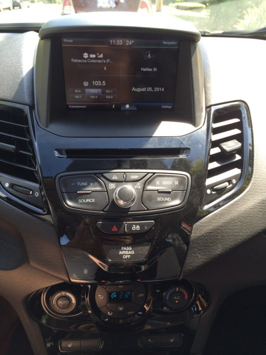Dashboard 2014 Ford Fiesta