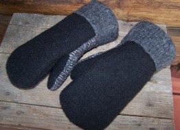 Hold the buttons on men's mittens...
