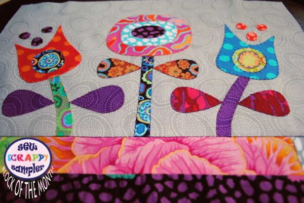applique flowers quilt block of the month