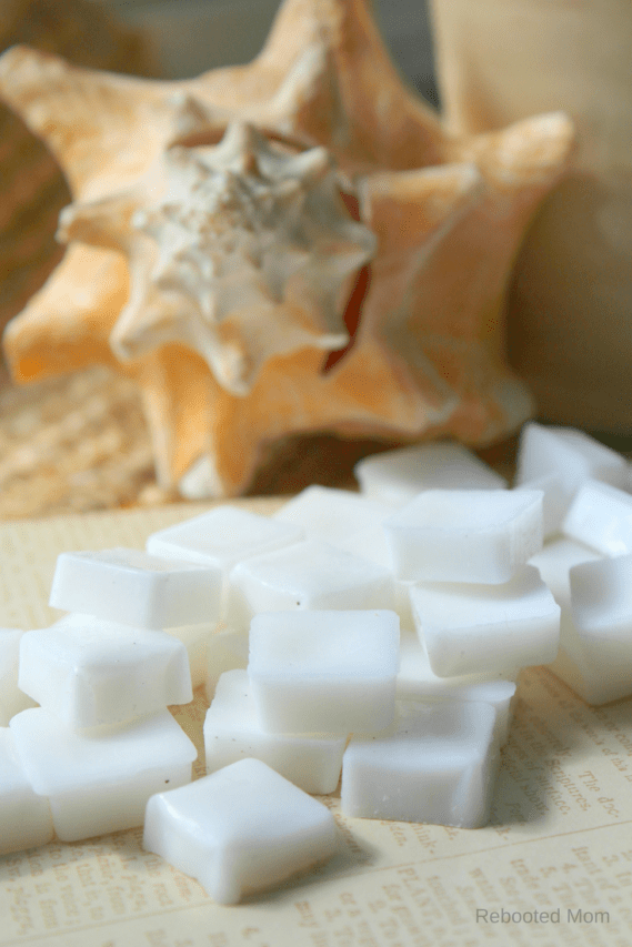 DIY Non-Toxic Wax Melts - Rebooted Mom