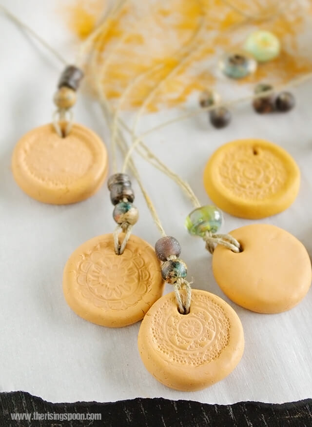 Clay Essential Oil Diffuser Necklace - The Rising Spoon