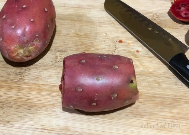 Learn how to peel a prickly pear, also known as cactus fruit, tunas, cactus figs, Indian figs and even barbary figs, with this step by step tutorial.
